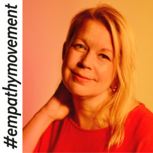 Empatialähettiläs Elina Hirvonen, kasvokuva.
